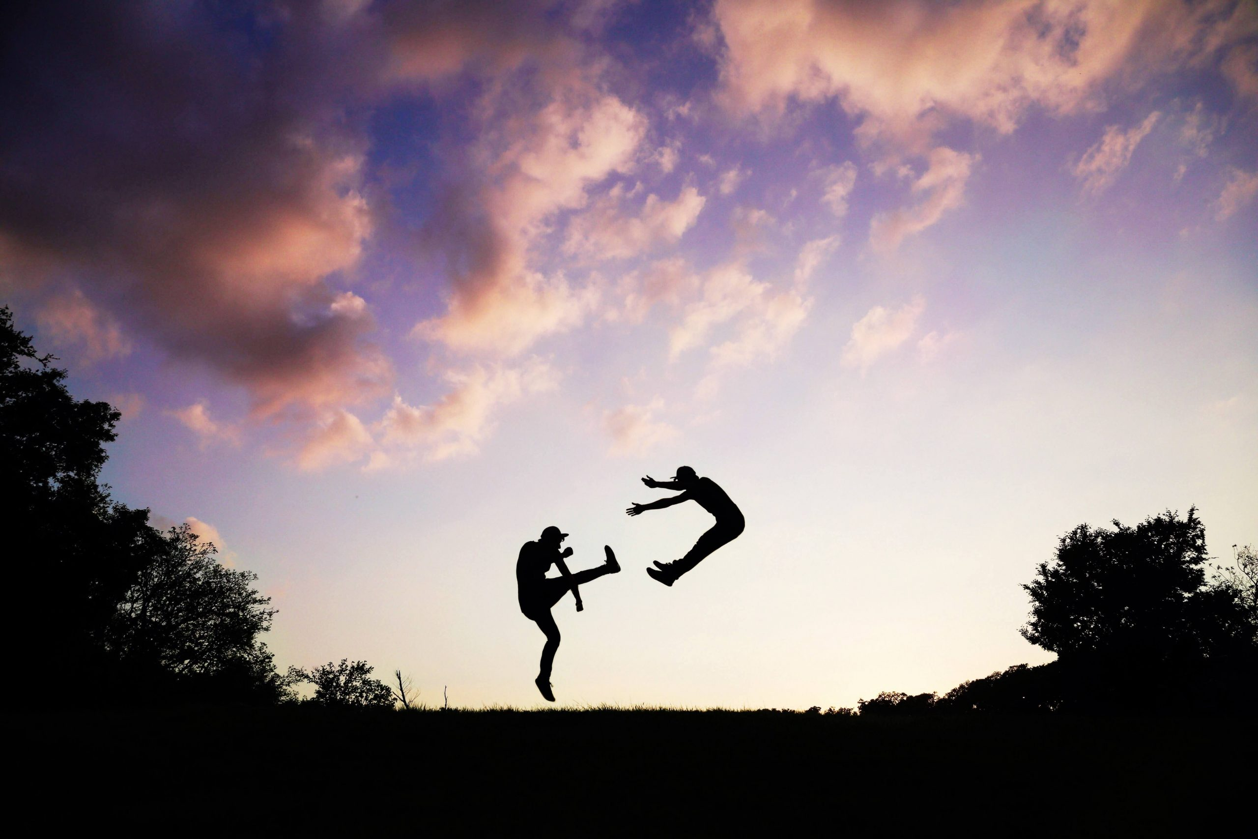 2-people-doing-karate-during-sunset-62376 (1)